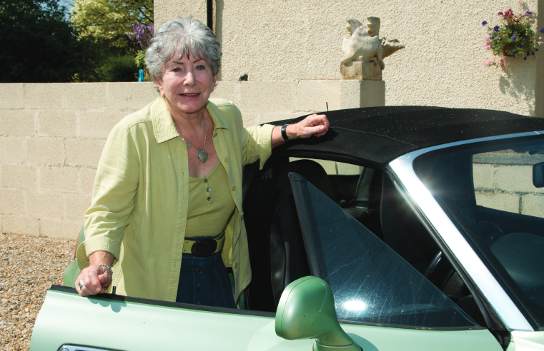 VALERIE SINGLETON OBE HOSTS LIVE PANEL TO IMPROVE SAFETY AMONG OLDER DRIVERS